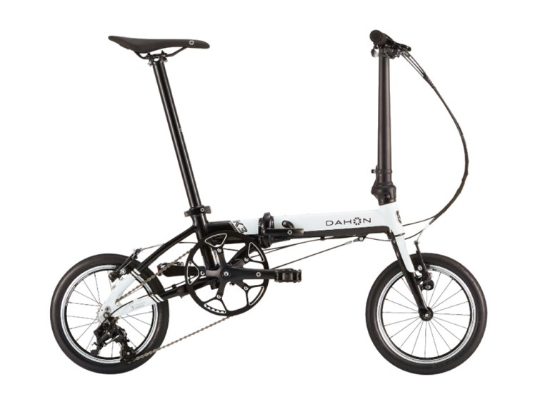 DAHON K3「自転車でお洒落に街クルーズ!」に登場。